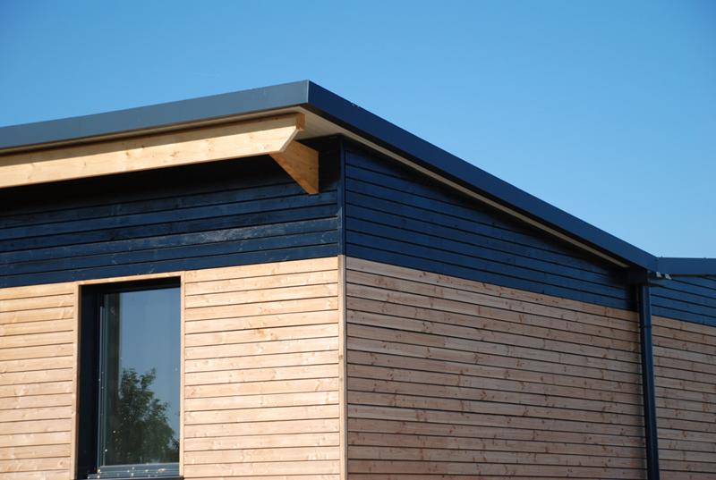 Bardage exterieur maison isolation par l exterieur for Pose bardage bois exterieur